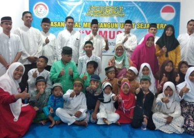 foto bersama yayasan yamus amal membangun umat sejahtera (2)